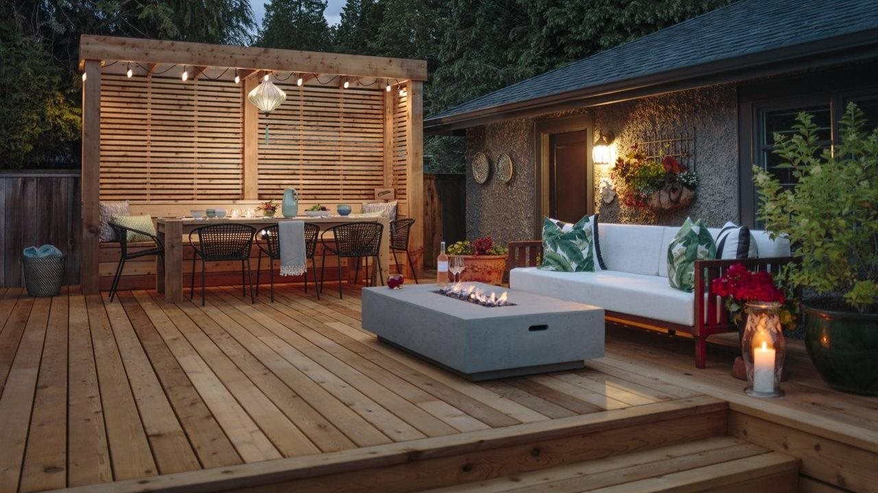 Dinning area idea used with beautifully built outdoor living room