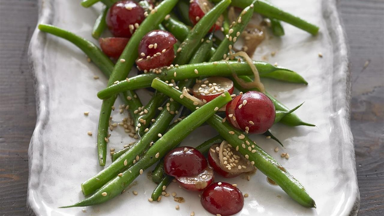green beans and  grapes