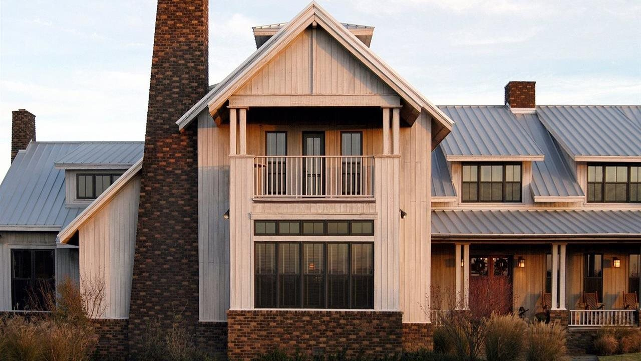Stain cypress siding on a home