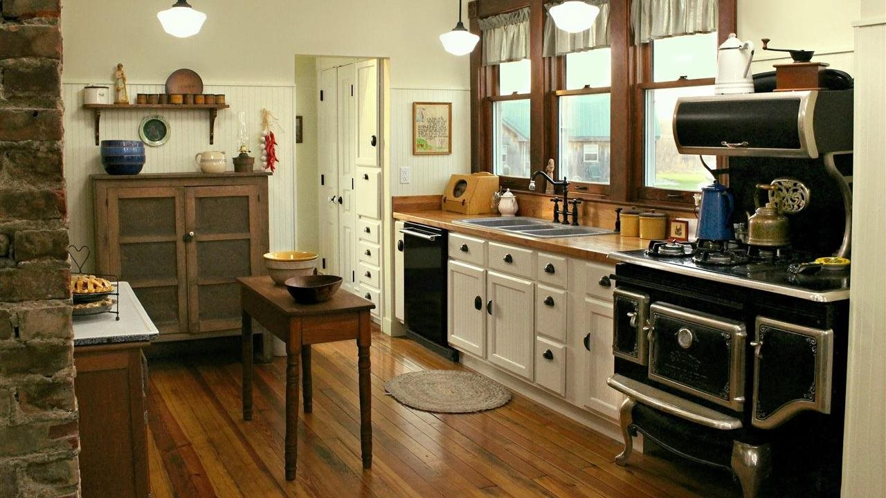 Farmhouse style kitchen with vintage oven