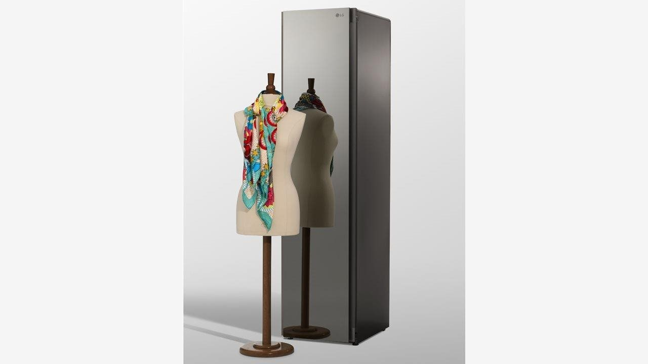 scarf on a dress dummy in front of a LG steamer