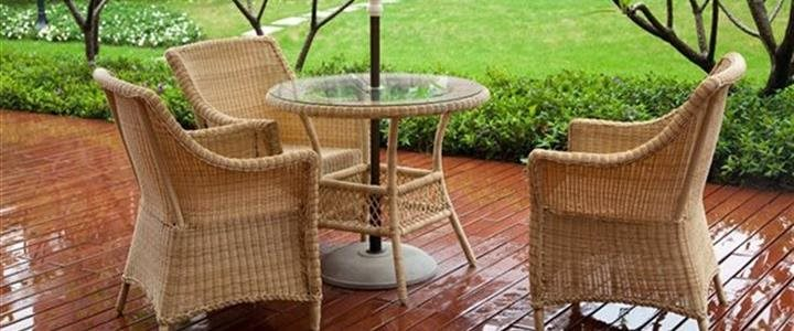4 tips to preserve outdoor patio furniture during the winter