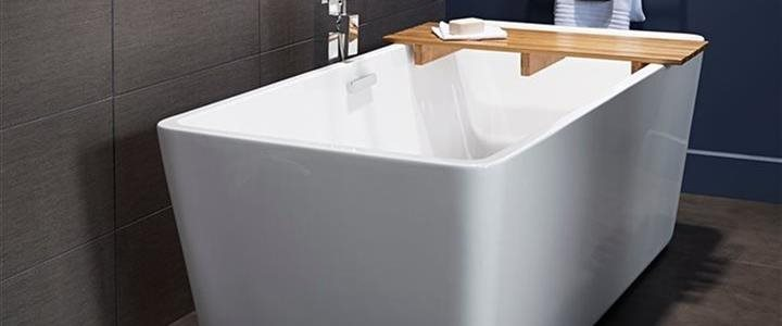 4 sensible affordable ways to give your bathroom spa like for Deep soaking freestanding bathtubs