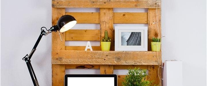 pallet being used as clever shelves on a desk