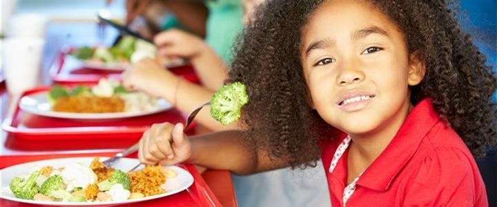 One thing can help children eat more vegetables at school