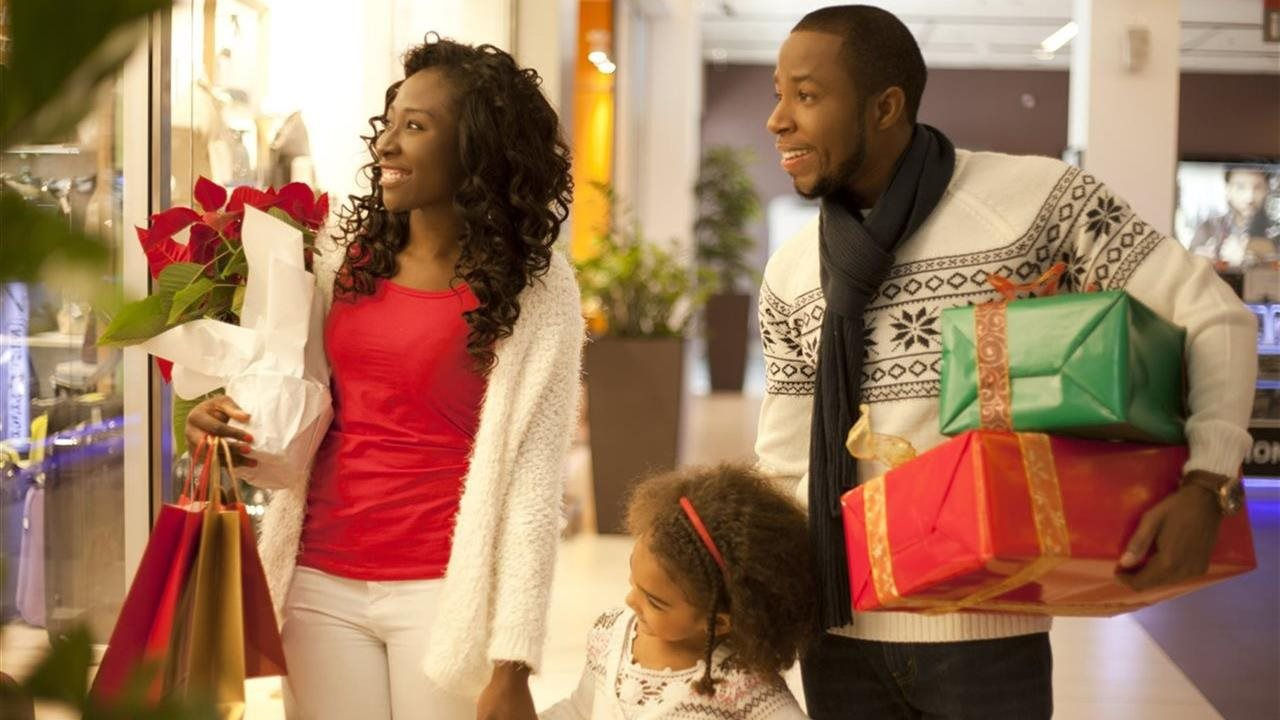 Five tips for staying on budget and keeping the holidays jolly