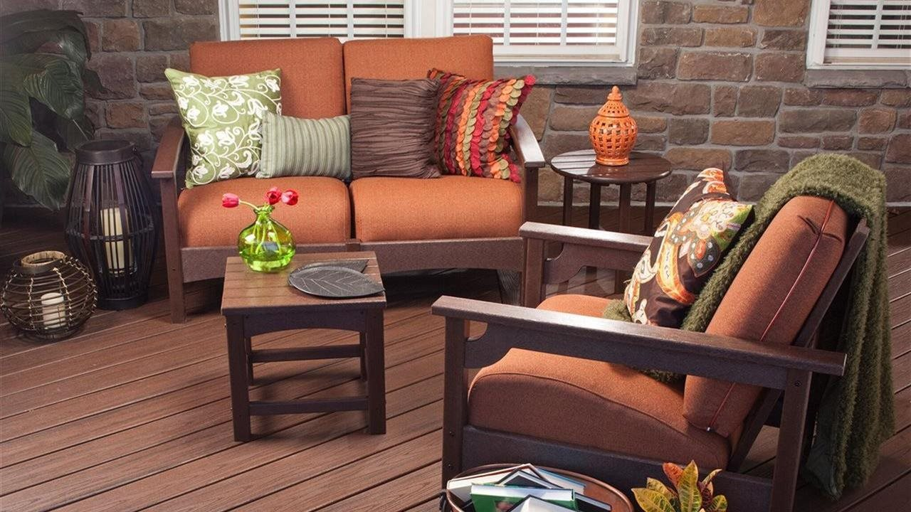 trex decking with patio furniture and other decor