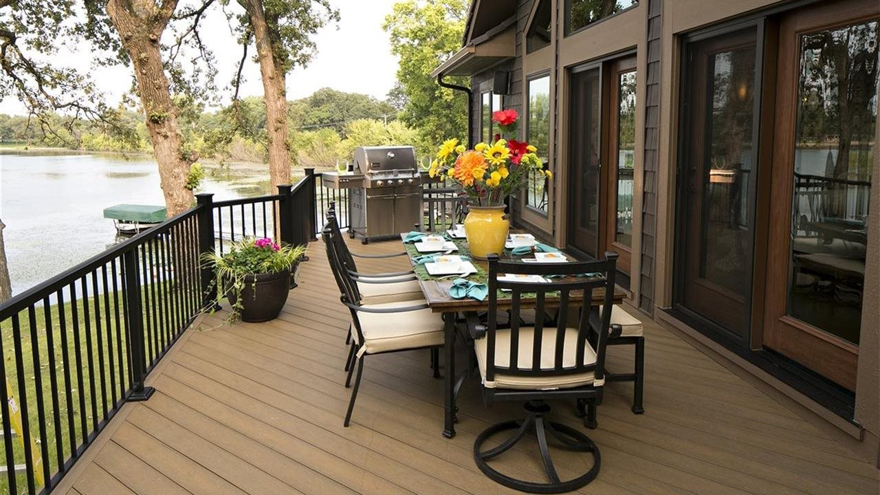 beautiful deck overlooking lake