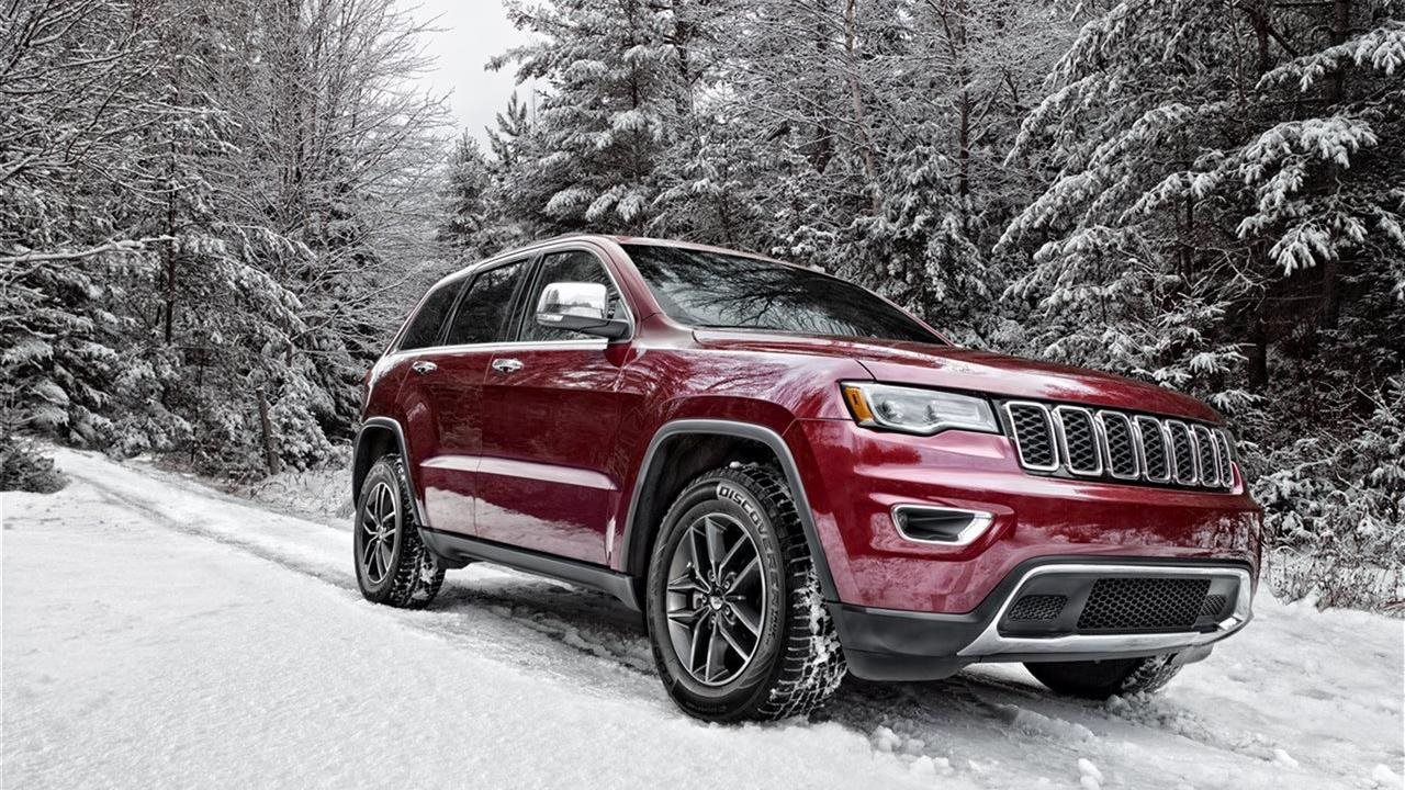 Discoverer True North Maroon SUV 4